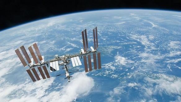 NASALa ISS orbita la Tierra cada 90 minutos